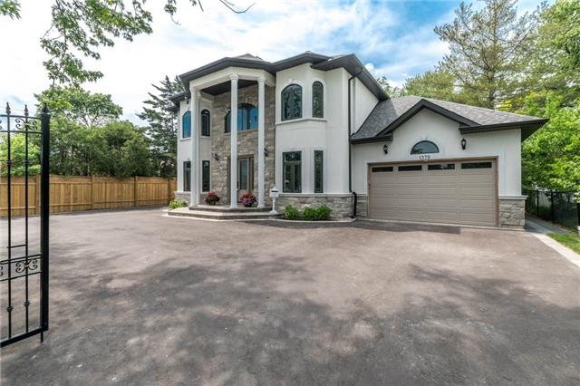 Detached at 1379 Rebecca St, Oakville, Ontario. Image 14