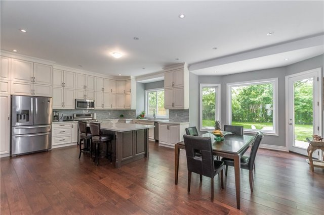 Detached at 1379 Rebecca St, Oakville, Ontario. Image 18