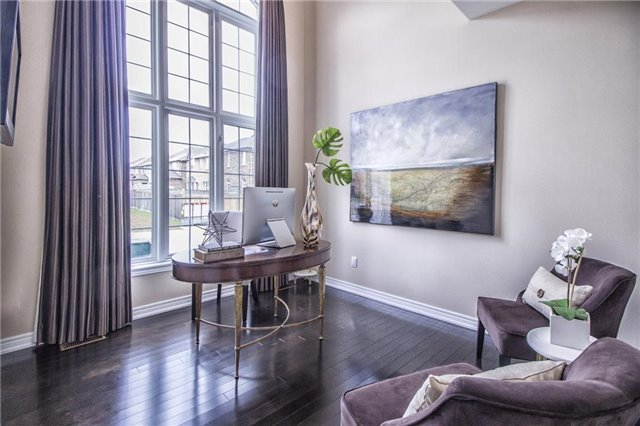 Detached at 3198 Saltaire Cres, Oakville, Ontario. Image 12