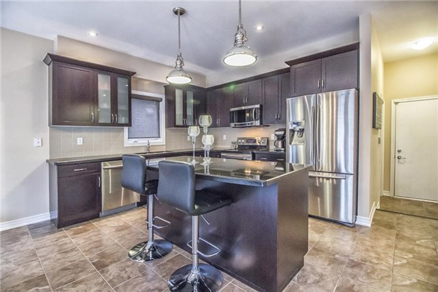 Detached at 3198 Saltaire Cres, Oakville, Ontario. Image 17