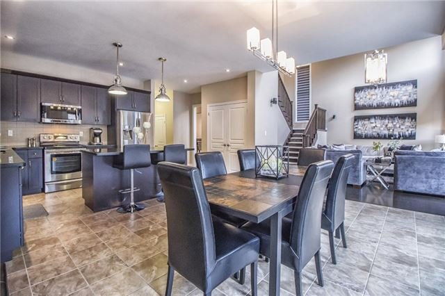 Detached at 3198 Saltaire Cres, Oakville, Ontario. Image 18