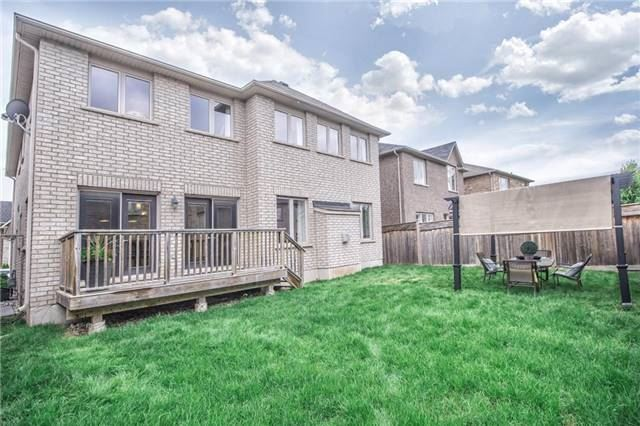 Detached at 3198 Saltaire Cres, Oakville, Ontario. Image 11