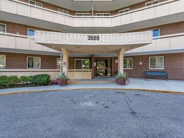 Condo Apartment at 3555 Derry Rd E, Unit 103, Mississauga, Ontario. Image 14