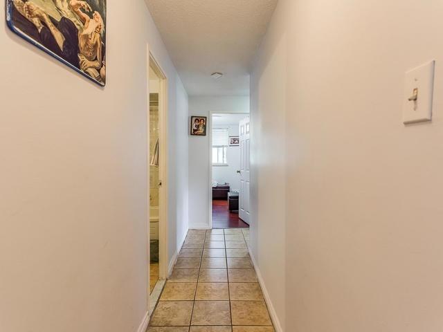 Condo Apartment at 3555 Derry Rd E, Unit 103, Mississauga, Ontario. Image 20
