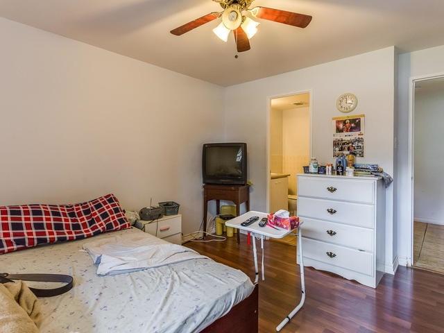 Condo Apartment at 3555 Derry Rd E, Unit 103, Mississauga, Ontario. Image 2