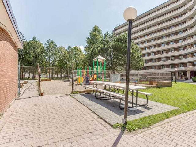 Condo Apartment at 3555 Derry Rd E, Unit 103, Mississauga, Ontario. Image 10