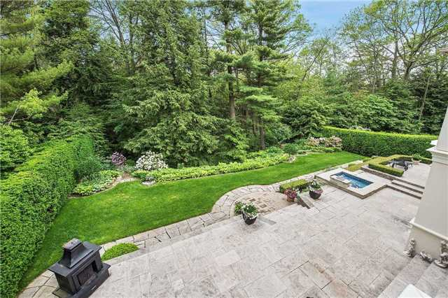 Detached at 1048 Indian Rd, Mississauga, Ontario. Image 13