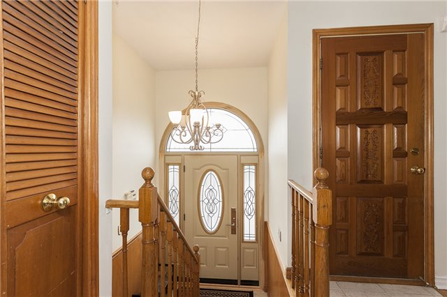 Semi-detached at 55A Terry Dr, Toronto, Ontario. Image 14
