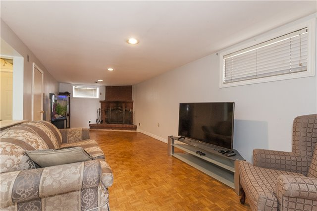 Semi-detached at 55A Terry Dr, Toronto, Ontario. Image 8