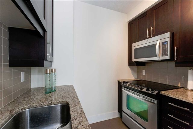 Condo Apartment at 4070 Confederation Pkwy E, Unit Lph4505, Mississauga, Ontario. Image 17