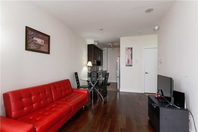 Condo Apartment at 4070 Confederation Pkwy E, Unit Lph4505, Mississauga, Ontario. Image 18