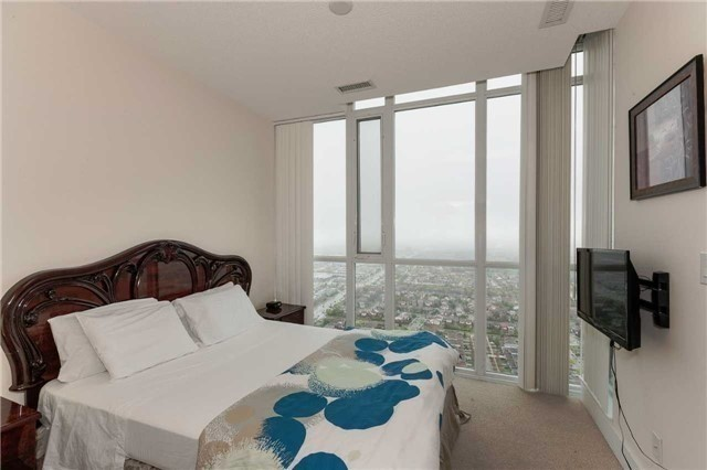 Condo Apartment at 4070 Confederation Pkwy E, Unit Lph4505, Mississauga, Ontario. Image 20