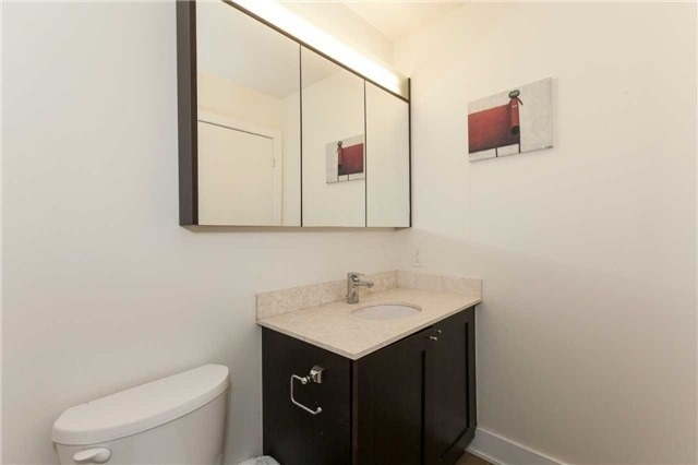 Condo Apartment at 4070 Confederation Pkwy E, Unit Lph4505, Mississauga, Ontario. Image 3