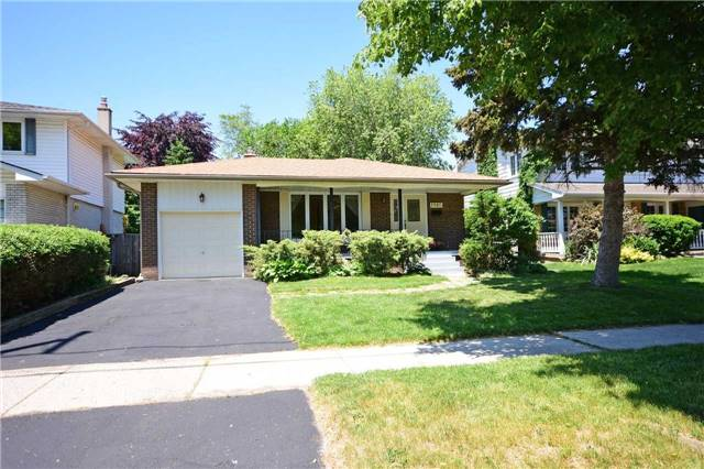 Detached at 1985 Lenarthur Dr, Mississauga, Ontario. Image 1