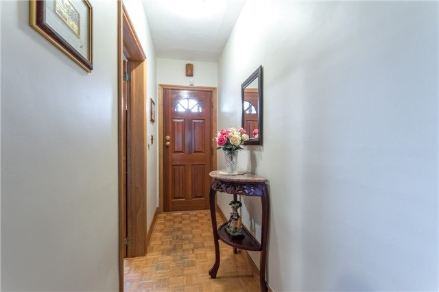 Detached at 6 Florence Cres, Toronto, Ontario. Image 14