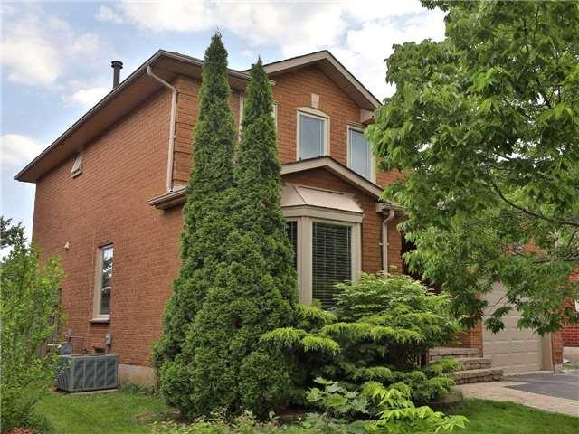 Detached at 1616 Parish Lane, Oakville, Ontario. Image 1