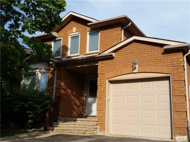 Detached at 1616 Parish Lane, Oakville, Ontario. Image 10