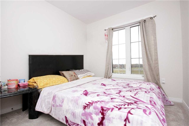 Condo Townhouse at 2441 Greenwich Dr, Unit 24, Oakville, Ontario. Image 9