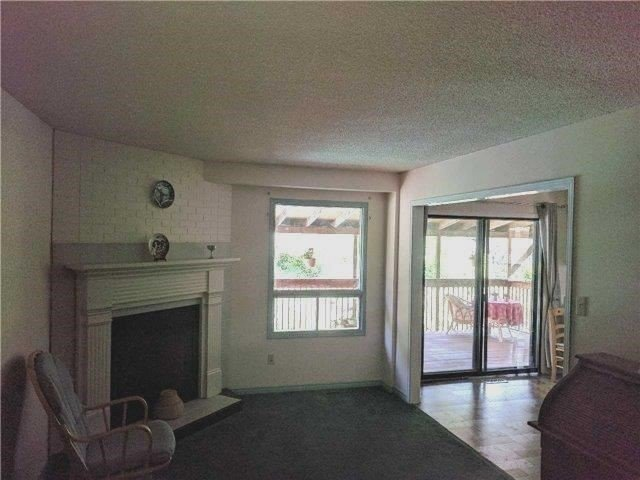 Detached at 2954 Tradewind Dr, Mississauga, Ontario. Image 10
