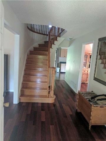 Detached at 2954 Tradewind Dr, Mississauga, Ontario. Image 11