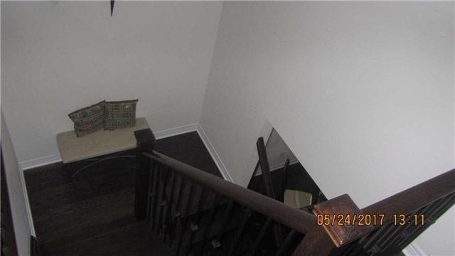 Townhouse at 9 Shediac Rd, Brampton, Ontario. Image 5