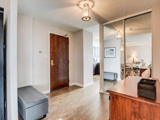 Condo Apartment at 156 Enfield Pl, Unit 2903, Mississauga, Ontario. Image 14