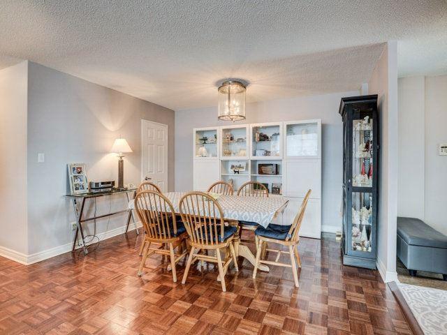 Condo Apartment at 156 Enfield Pl, Unit 2903, Mississauga, Ontario. Image 17