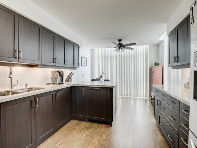 Condo Apartment at 156 Enfield Pl, Unit 2903, Mississauga, Ontario. Image 19