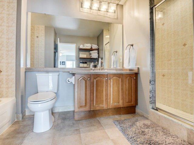 Condo Apartment at 156 Enfield Pl, Unit 2903, Mississauga, Ontario. Image 3