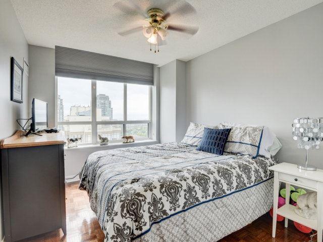 Condo Apartment at 156 Enfield Pl, Unit 2903, Mississauga, Ontario. Image 5