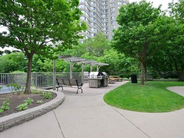 Condo Apartment at 156 Enfield Pl, Unit 2903, Mississauga, Ontario. Image 11