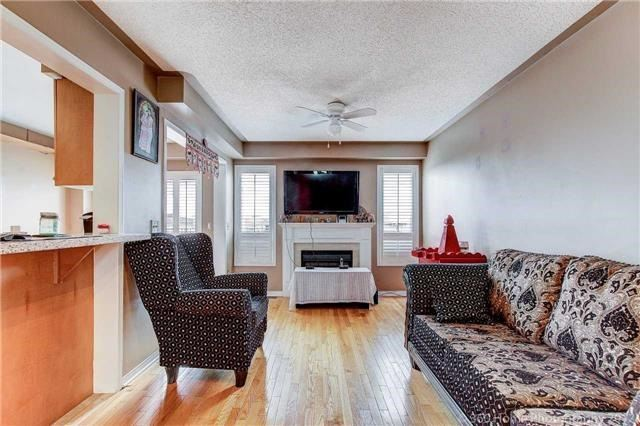 Semi-detached at 23 Mossgrove Cres, Brampton, Ontario. Image 16