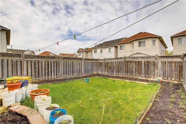 Semi-detached at 23 Mossgrove Cres, Brampton, Ontario. Image 10