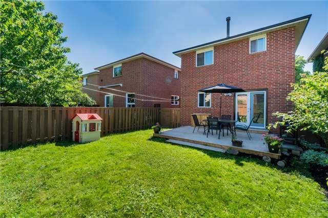 Detached at 27 Mcgraw Ave, Brampton, Ontario. Image 13