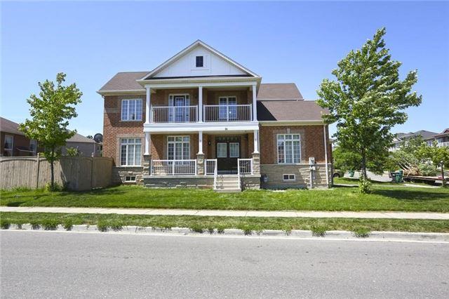 Detached at 16 Stoneylake Blvd, Brampton, Ontario. Image 17