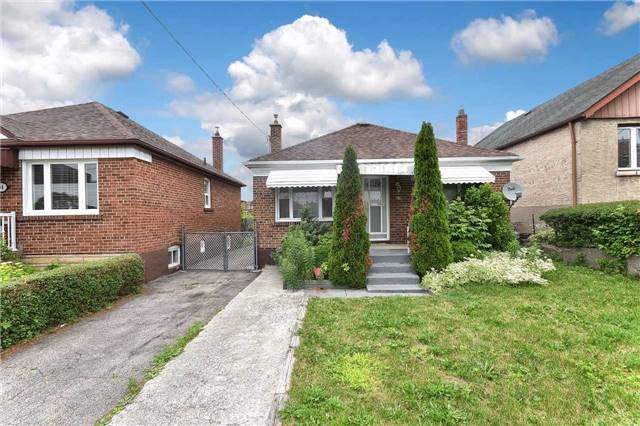 Detached at 96 Lonborough Ave, Toronto, Ontario. Image 1