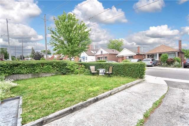 Detached at 96 Lonborough Ave, Toronto, Ontario. Image 15