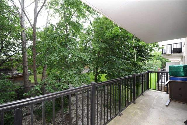 Condo Townhouse at 3041 Finch  Ave W, Unit 2072, Toronto, Ontario. Image 4