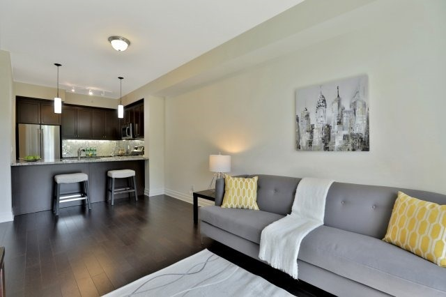 Condo Apartment at 2300 Upper Middle Rd W, Unit 212, Oakville, Ontario. Image 18