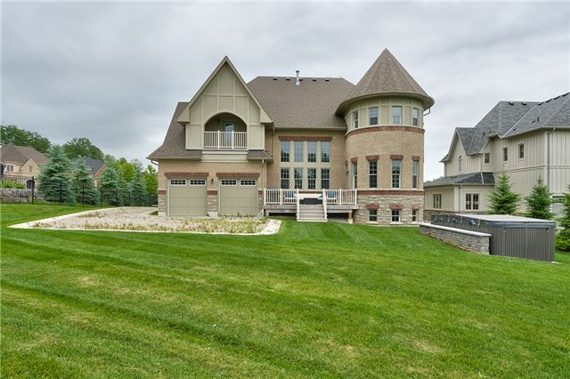 Detached at 3 Ainley Tr, Halton Hills, Ontario. Image 10