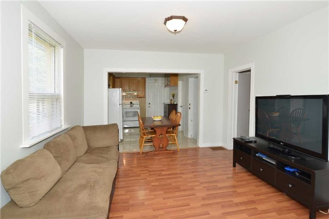 Detached at 123 Blackthorn Ave, Toronto, Ontario. Image 15