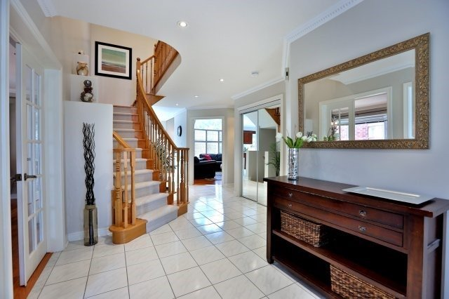 Detached at 181 Wembley Rd, Oakville, Ontario. Image 14