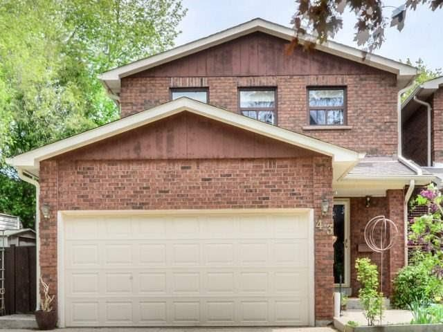 Detached at 43 Barrington Cres, Brampton, Ontario. Image 1