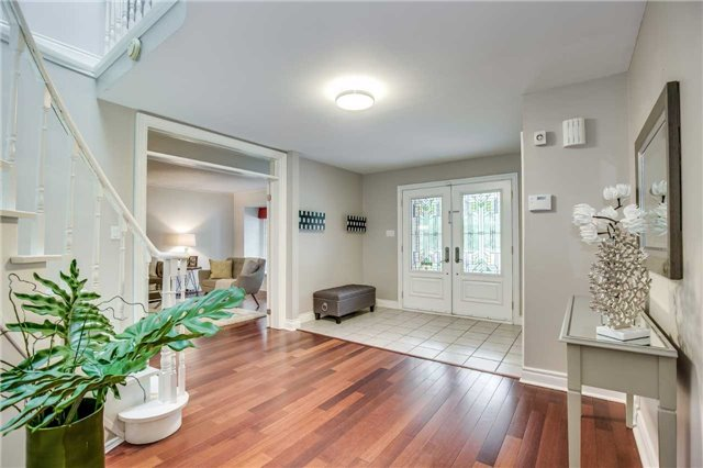 Detached at 2112 Constance Dr, Oakville, Ontario. Image 14