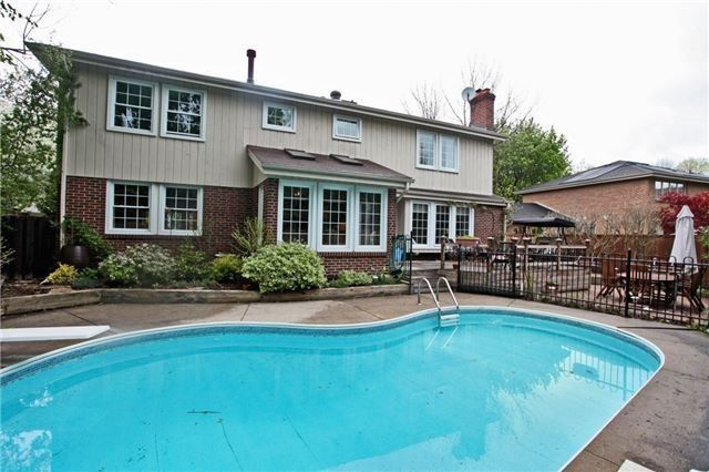 Detached at 2112 Constance Dr, Oakville, Ontario. Image 13