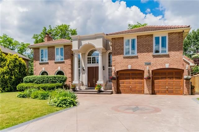 Detached at 5220 Durie Rd, Mississauga, Ontario. Image 1