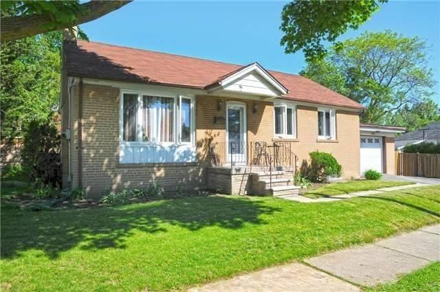 Detached at 185 Clearbrooke Circ, Toronto, Ontario. Image 14