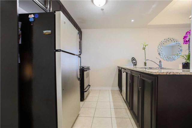 Condo Apartment at 1419 Costigan Rd, Unit 401, Milton, Ontario. Image 3