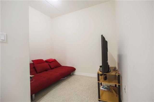 Condo Apartment at 1419 Costigan Rd, Unit 401, Milton, Ontario. Image 5