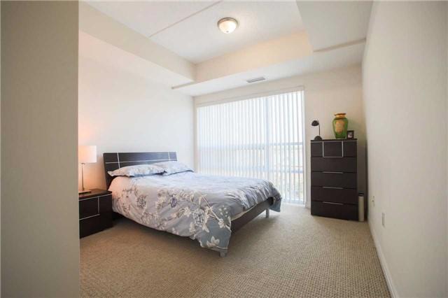 Condo Apartment at 1419 Costigan Rd, Unit 401, Milton, Ontario. Image 6
